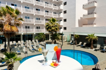 colores-de-boda-hotel-buddymoon-adults-only-barcelo-hamilton-menorca-8