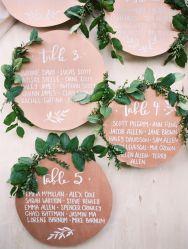 colores-de-boda-seating-plan-hojas-greenery